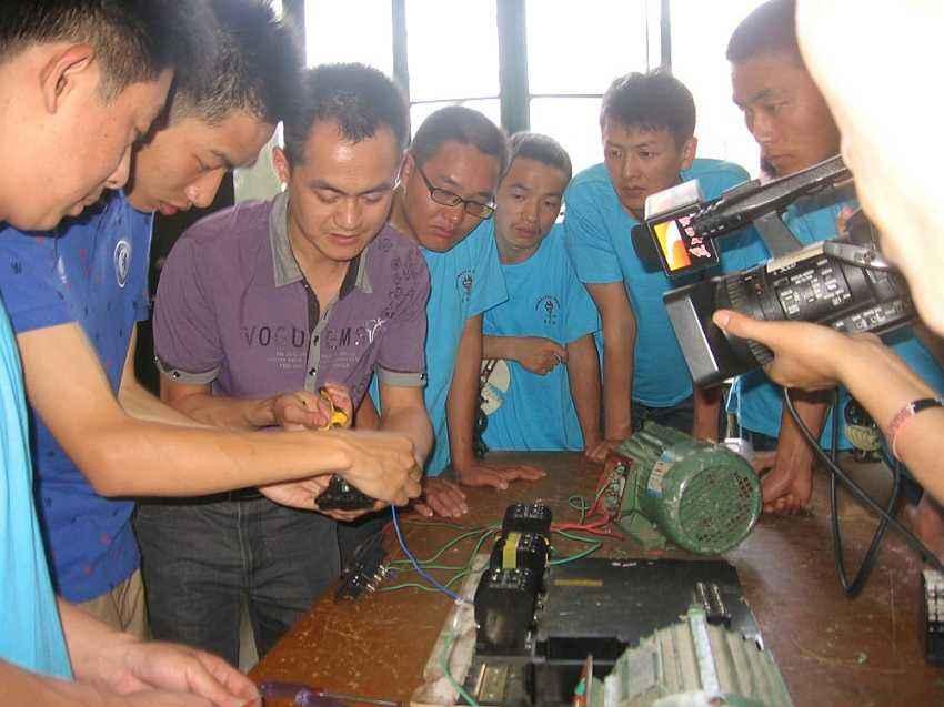 电气施工时常用经验公式
